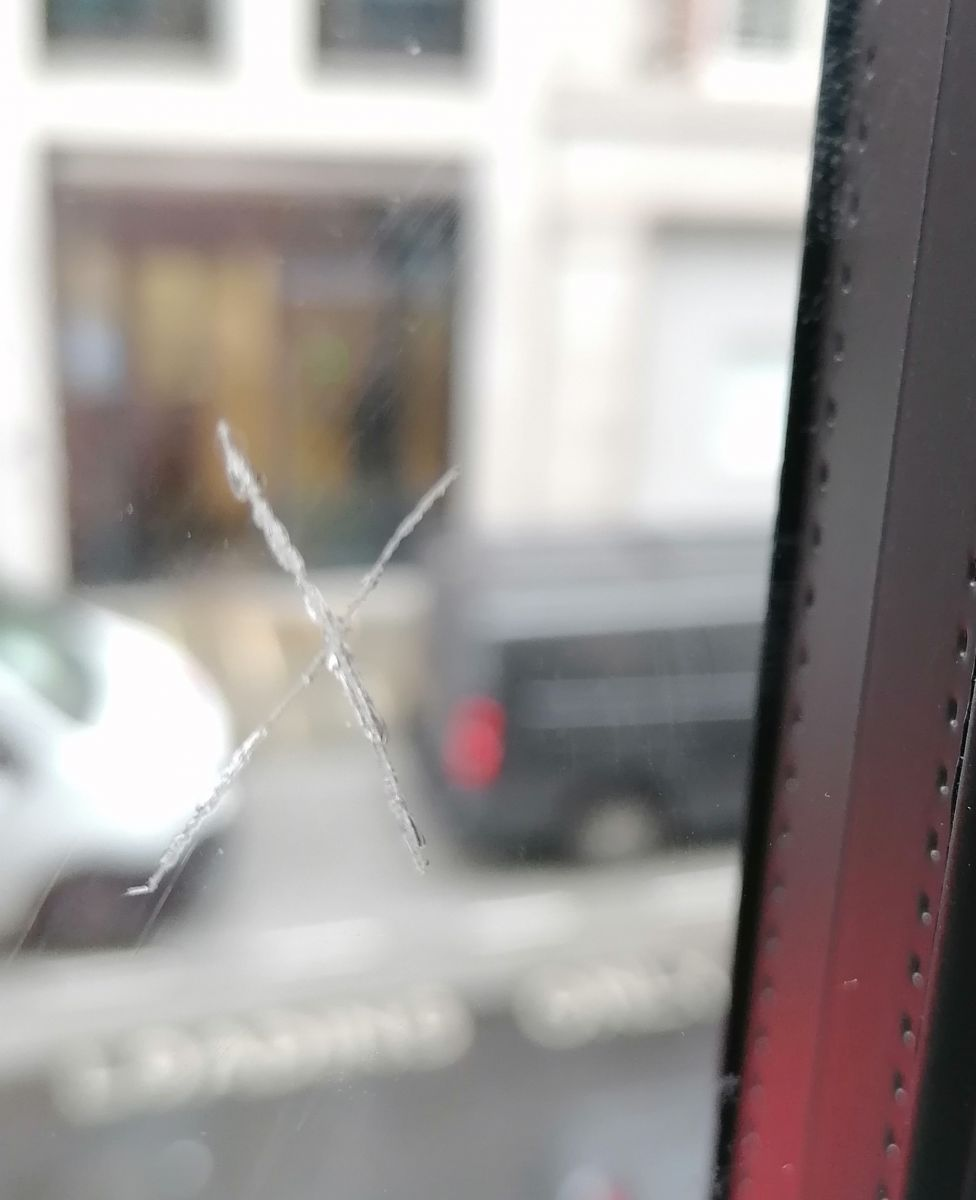 Scratched Glass - Before Image